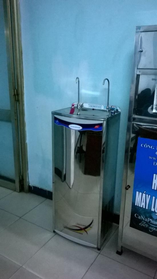 Máy lọc nước nóng lạnh chất lượng cao