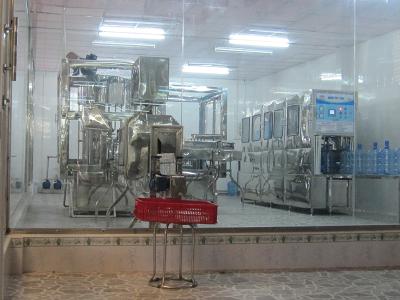 Máy sản xuất nước bán tự động